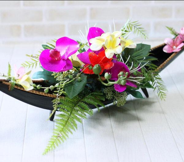 『極上美肌メイクコース』にお申し込み頂きました運気アップのお花の専門家小黒 佐和子さんにご来店頂きました。